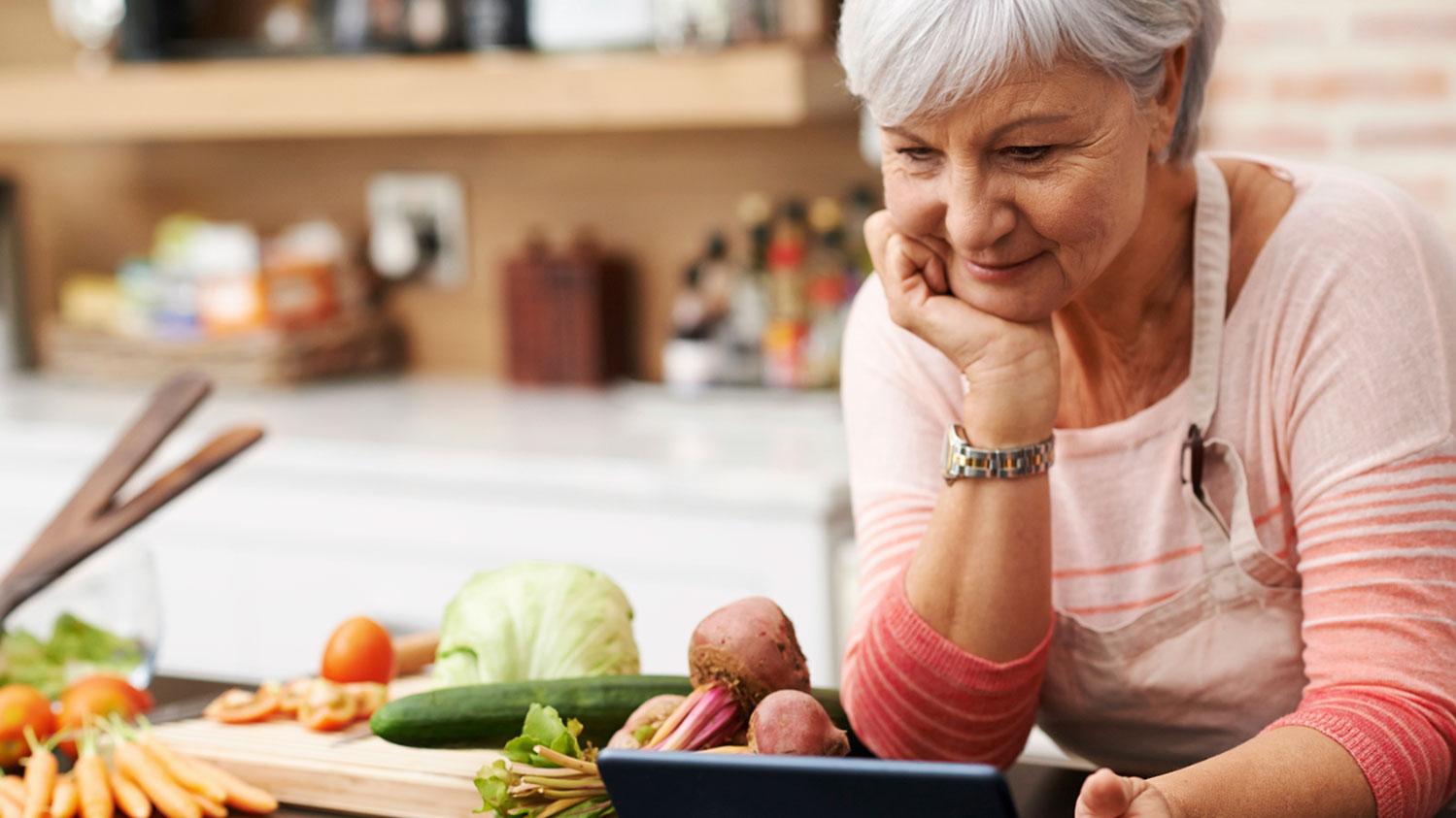 Proper Diet Solutions for Seniors